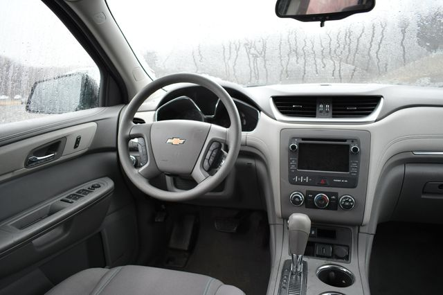 2016 Chevrolet Traverse LS Naugatuck, Connecticut 15