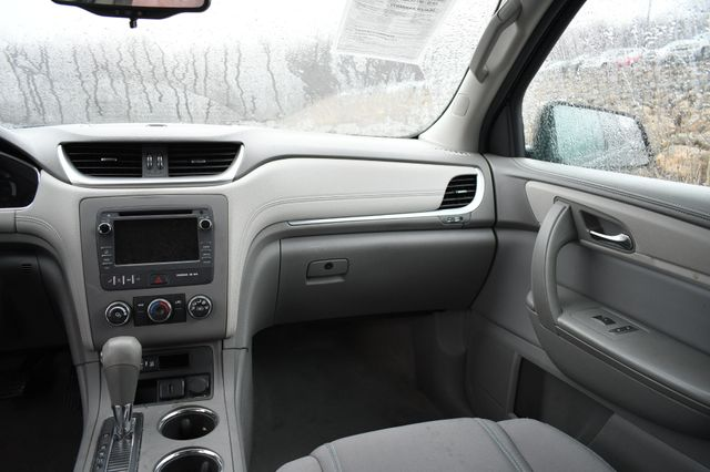 2016 Chevrolet Traverse LS Naugatuck, Connecticut 17
