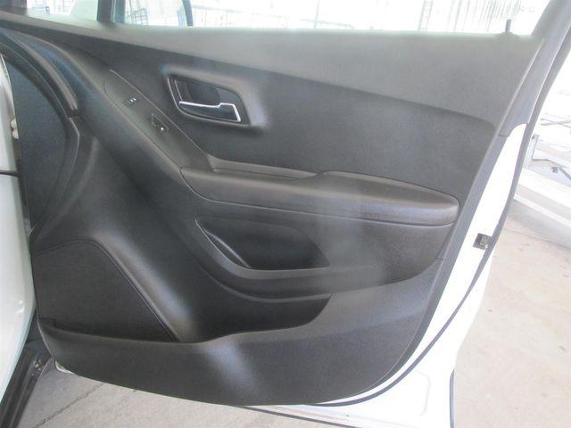 2016 Chevrolet Trax LS Gardena, California 13