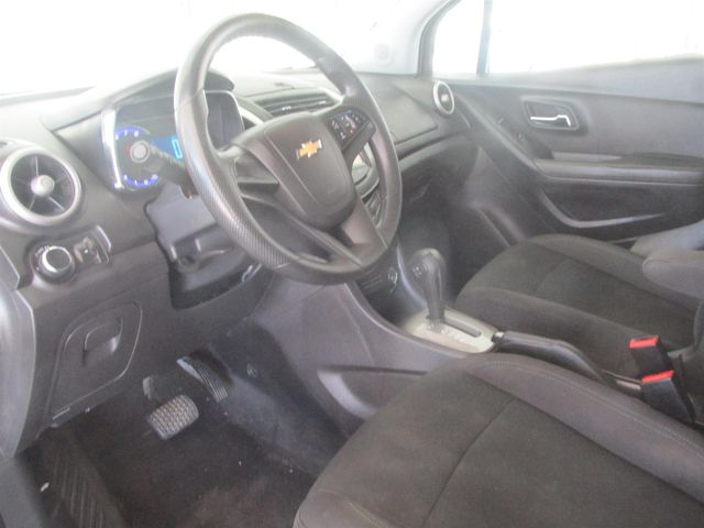 2016 Chevrolet Trax LS Gardena, California 4