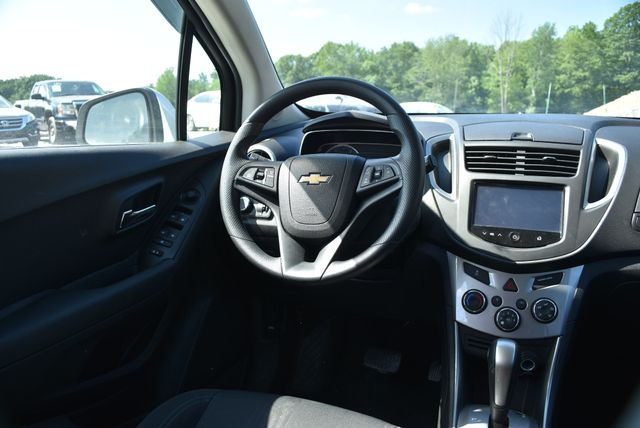 2016 Chevrolet Trax LT Naugatuck, Connecticut 14