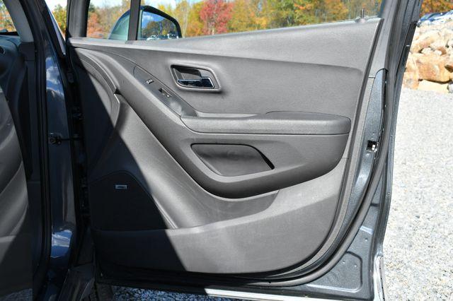 2016 Chevrolet Trax LT Naugatuck, Connecticut 10