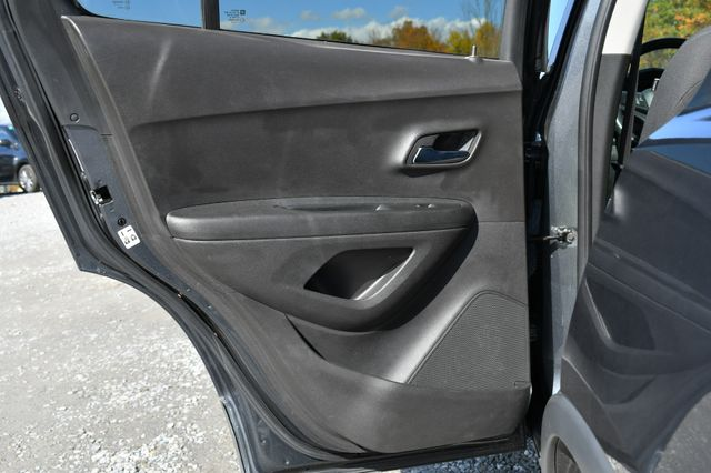 2016 Chevrolet Trax LT Naugatuck, Connecticut 14