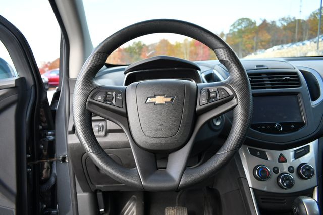 2016 Chevrolet Trax LT Naugatuck, Connecticut 24