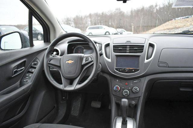 2016 Chevrolet Trax LS Naugatuck, Connecticut 11