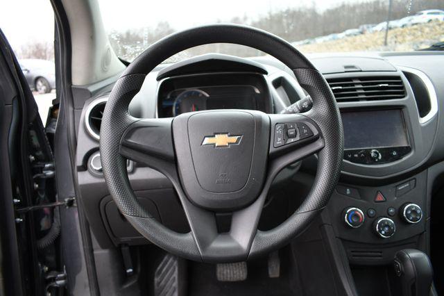 2016 Chevrolet Trax LS Naugatuck, Connecticut 14