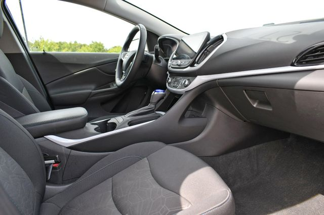 2016 Chevrolet Volt LT Naugatuck, Connecticut 1