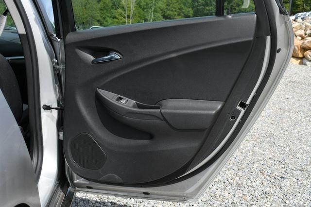 2016 Chevrolet Volt LT Naugatuck, Connecticut 4
