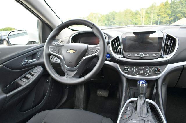 2016 Chevrolet Volt LT Naugatuck, Connecticut 9