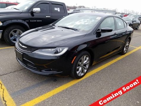 2016 Chrysler 200 S in Cleveland, Ohio