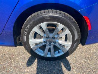 2016 Chrysler 200 Limited Farmington, MN 9