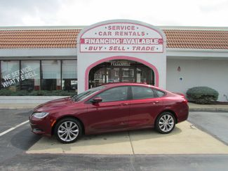 2016 Chrysler 200 S in Fremont OH, 43420