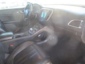 2016 Chrysler 200 Limited Platinum Gardena, California 8