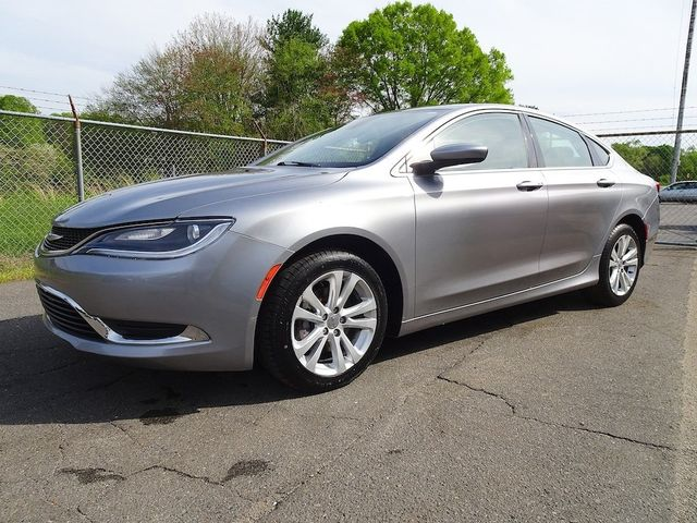 2016 Chrysler 200 Limited Madison, NC 6