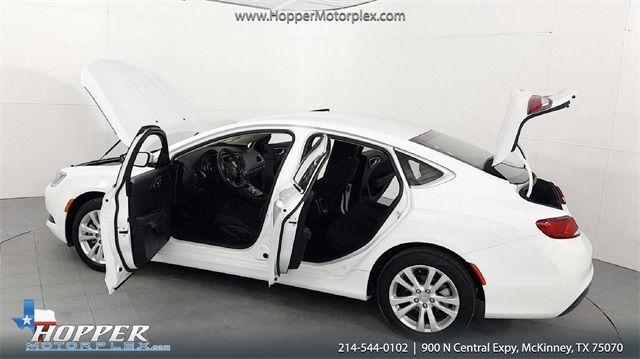 2016 Chrysler 200 LX in McKinney, Texas 75070