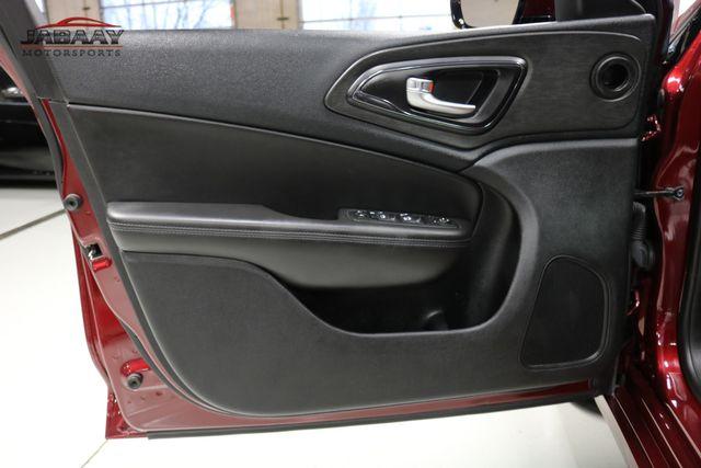 2016 Chrysler 200 S Merrillville, Indiana 23