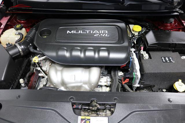 2016 Chrysler 200 S Merrillville, Indiana 8