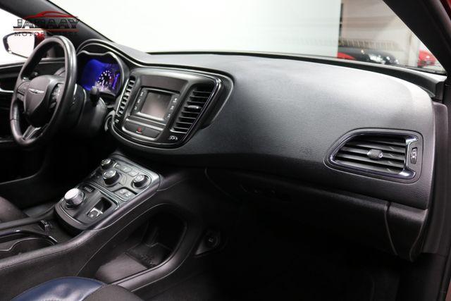 2016 Chrysler 200 S Merrillville, Indiana 16