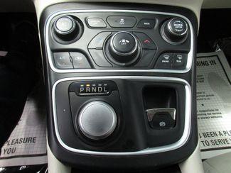 2016 Chrysler 200 Limited Miami, Florida 10