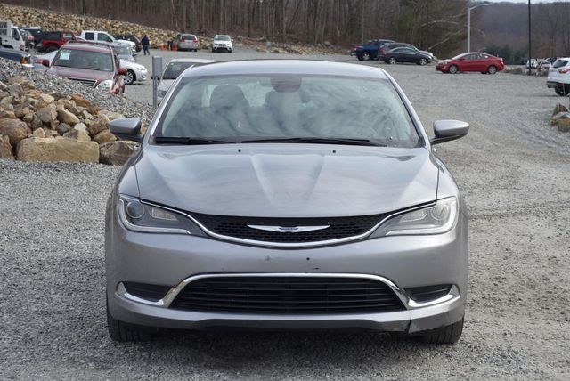 2016 Chrysler 200 Limited Naugatuck, Connecticut 7
