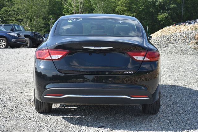 2016 Chrysler 200 Limited Naugatuck, Connecticut 3