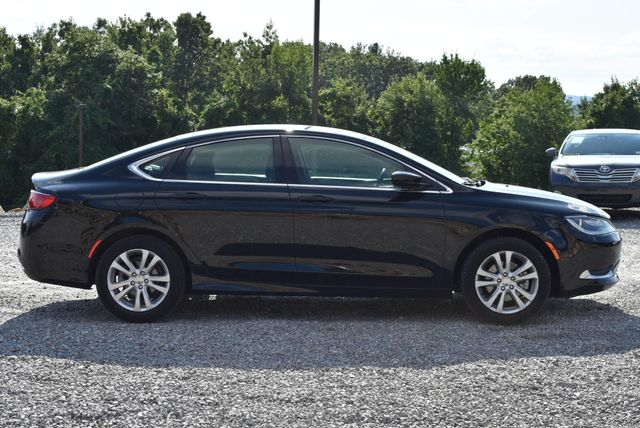 2016 Chrysler 200 Limited Naugatuck, Connecticut 5