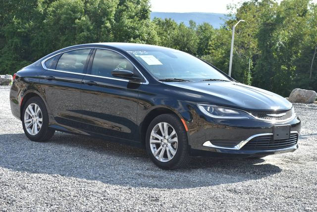 2016 Chrysler 200 Limited Naugatuck, Connecticut 6