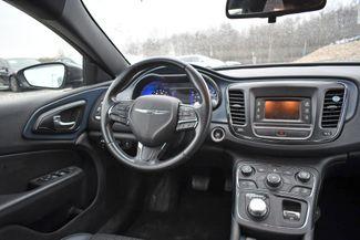 2016 Chrysler 200 S Naugatuck, Connecticut 11