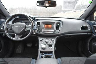 2016 Chrysler 200 S Naugatuck, Connecticut 12