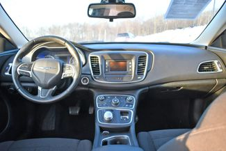 2016 Chrysler 200 Limited Naugatuck, Connecticut 11