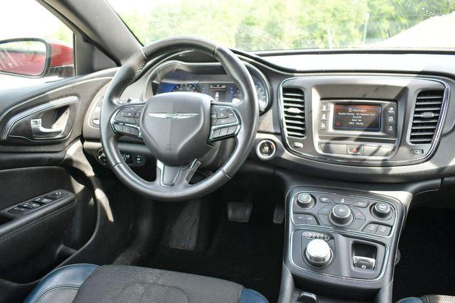 2016 Chrysler 200 S Naugatuck, Connecticut 16
