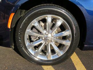 2016 Chrysler 300 Limited Batesville, Mississippi 16