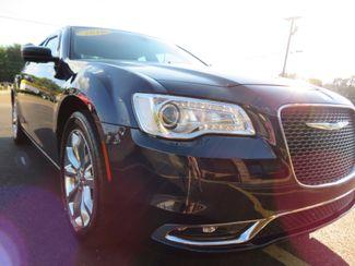 2016 Chrysler 300 Limited Batesville, Mississippi 8