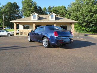 2016 Chrysler 300 Limited Batesville, Mississippi 6