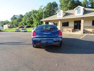 2016 Chrysler 300 Limited Batesville, Mississippi 5