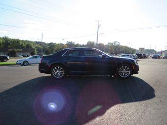 2016 Chrysler 300 Limited Batesville, Mississippi 1
