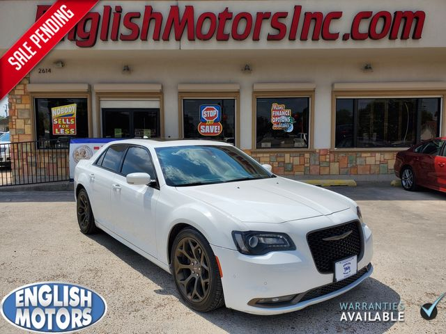 2016 Chrysler 300 300S Alloy Edition in Brownsville, TX 78521