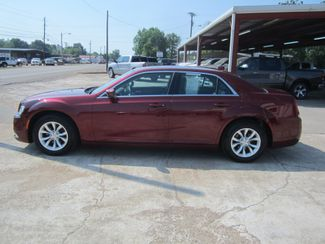 2016 Chrysler 300 Limited Houston, Mississippi 2