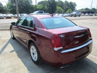 2016 Chrysler 300 Limited Houston, Mississippi 5