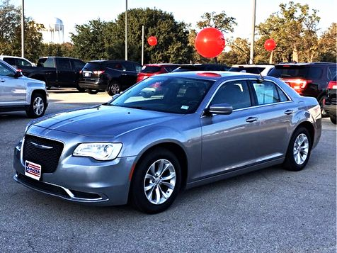 2016 Chrysler 300 Limited Leather Sunroof | Irving, Texas | Auto USA in Irving, Texas