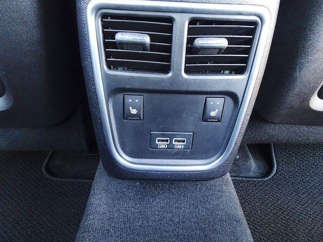 2016 Chrysler 300 300C Platinum Madison, NC 32