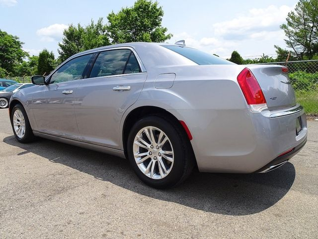 2016 Chrysler 300 300C Madison, NC 4