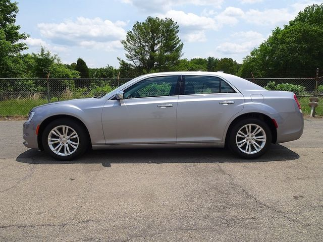 2016 Chrysler 300 300C Madison, NC 5