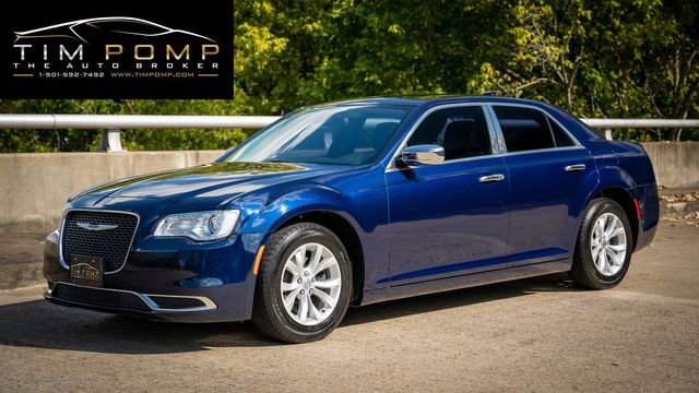 2016 Chrysler 300 Limited PANO ROOF in Memphis, TN 38115