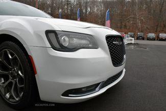 2016 Chrysler 300 300S Waterbury, Connecticut 9