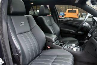 2016 Chrysler 300 300S Waterbury, Connecticut 19
