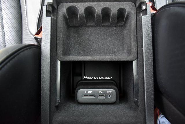 2016 Chrysler 300 300C Platinum Waterbury, Connecticut 35