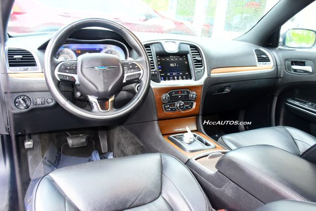 2016 Chrysler 300 300C Platinum Waterbury, Connecticut 13