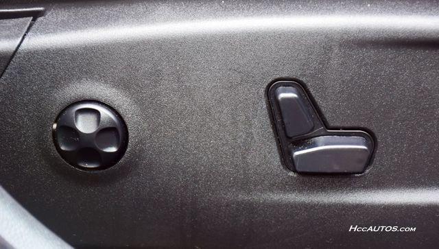 2016 Chrysler 300 300C Platinum Waterbury, Connecticut 18