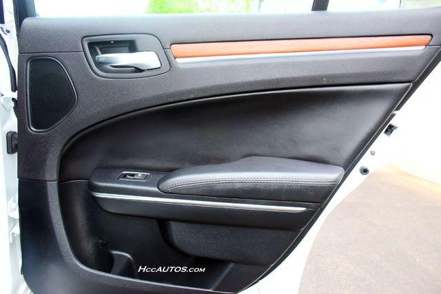 2016 Chrysler 300 300C Platinum Waterbury, Connecticut 20